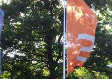 Das ZDF zeigt Flagge auf dem Lerchenberg in Mainz